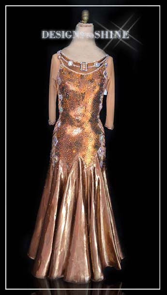 ballroom-gowns-It-happend-one-Nigth-B9498